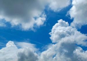 Wettereinfluss auf Rückenschmerzen? Quelle: pixelio.de